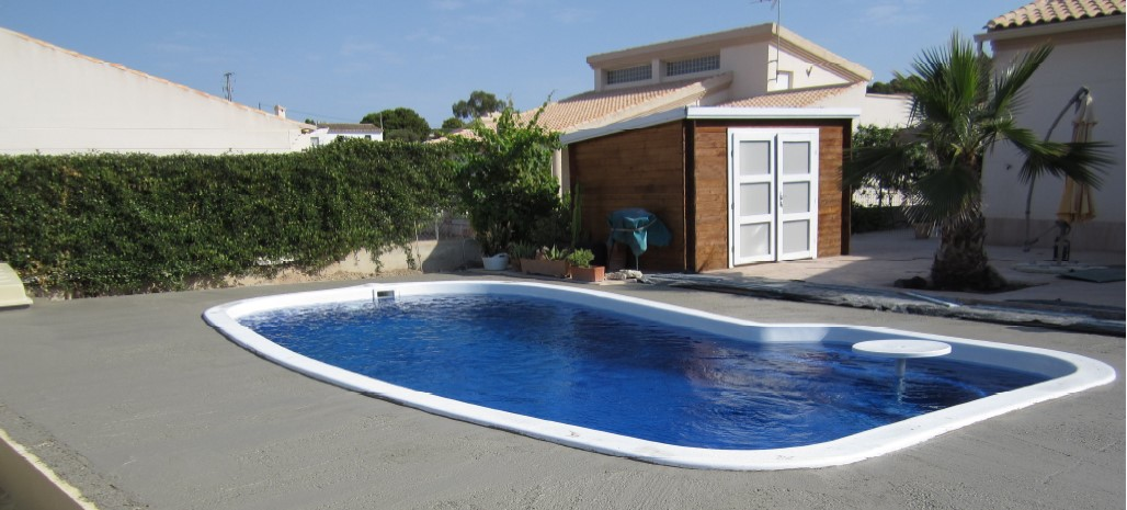How long does it take to install a fibreglass swimming pool?